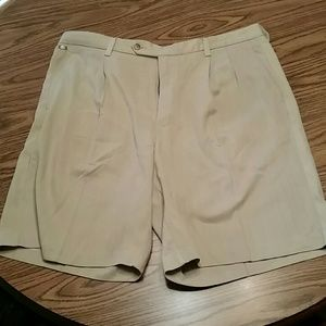 Tommy Bahama silk shorts,36x10, tan